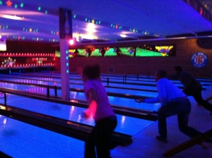 girl and uncle bowling
