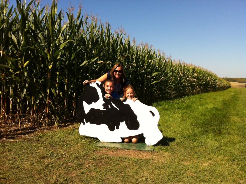 girls at a corn maze