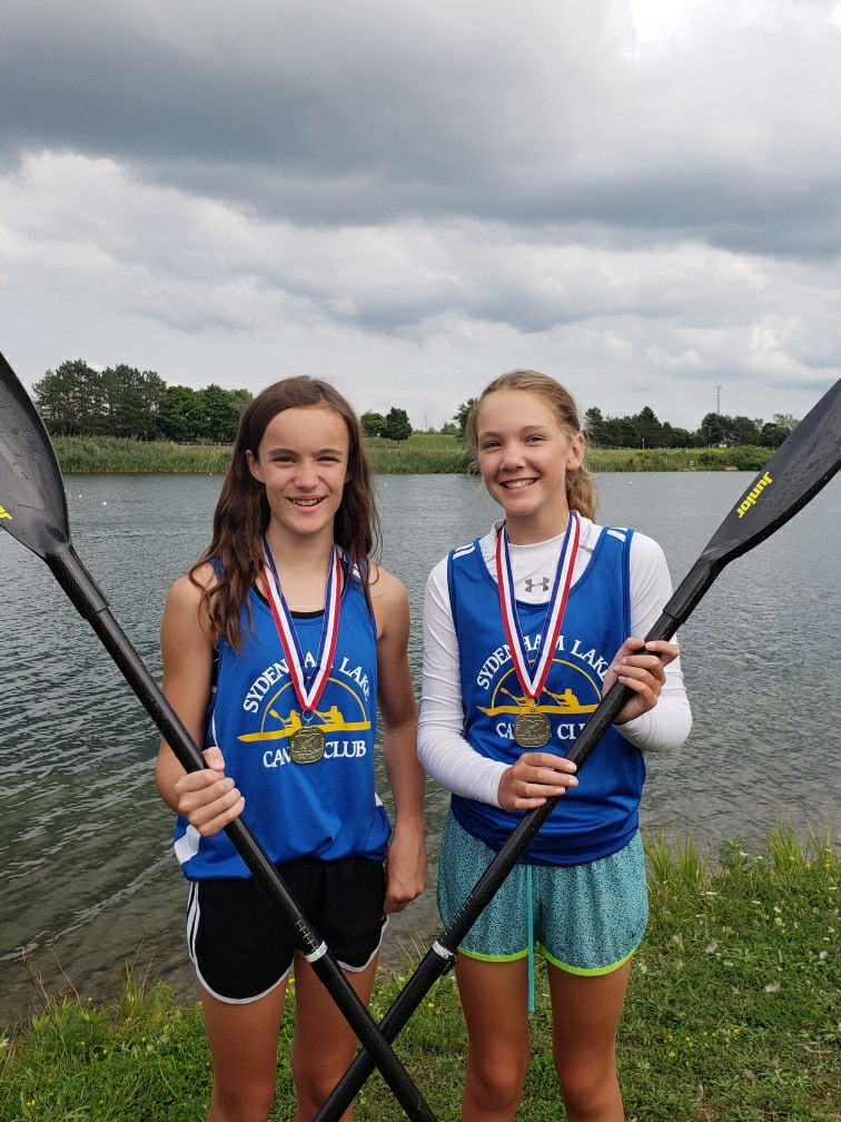 Girls with silver medals